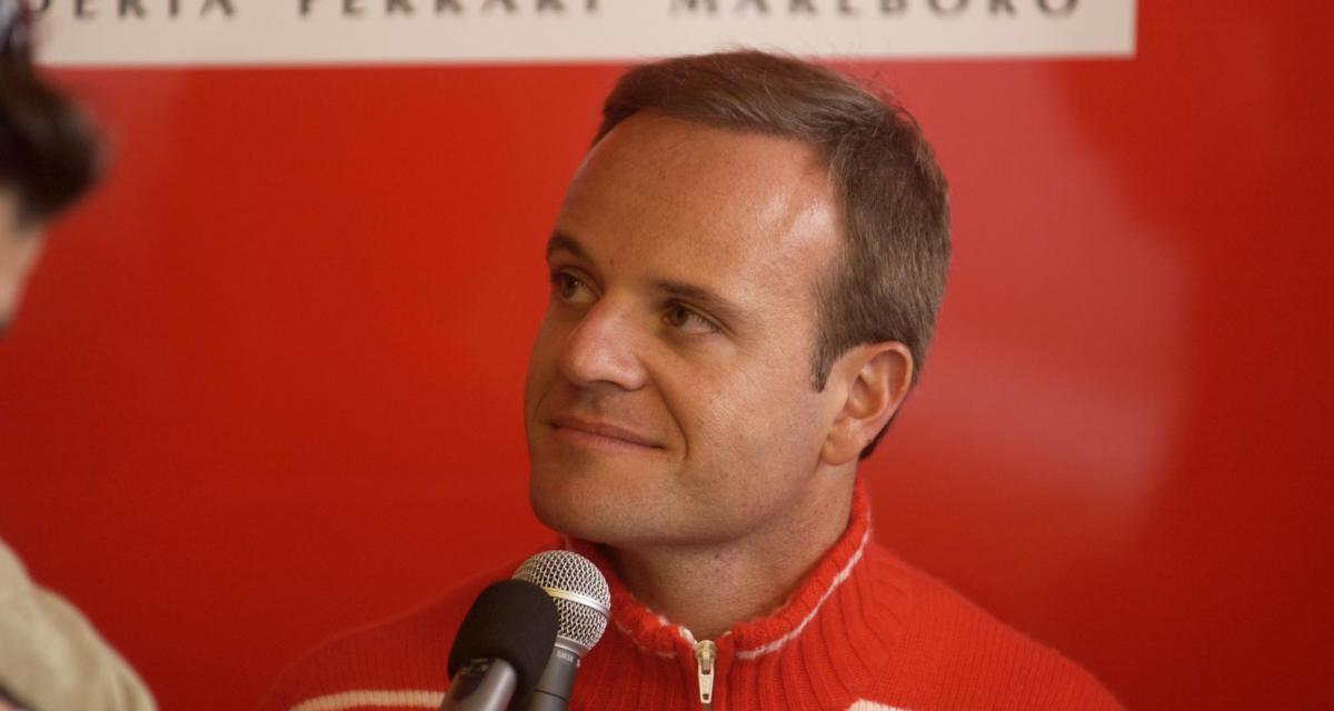 VIDEO. L'ancien pilote de F1 Rubens Barrichello attaqué en pleine séance de pilotage sur simulateur