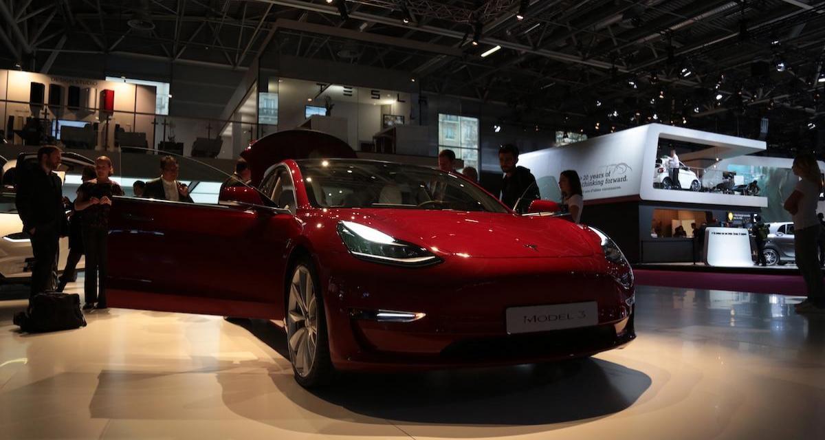 VIDEO - Ce Californien parcourt 576 km dans sa Tesla Model 3 en mode auto-pilote