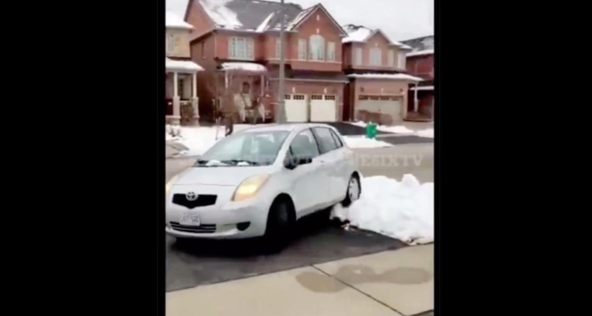 VIDEO - Une nouvelle preuve que le karma existe avec ce voleur qui termine coincé dans la neige avec sa voiture