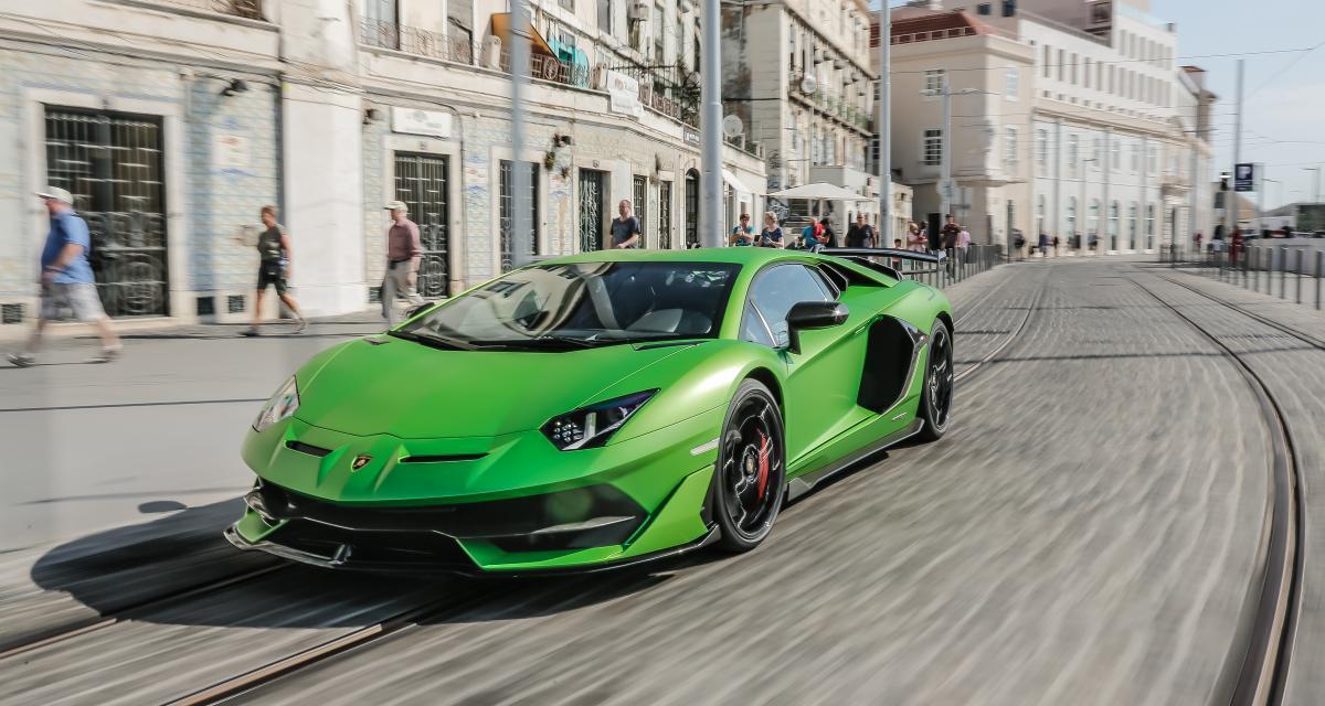 La Lamborghini Aventador d'un joueur français de Sheffield totalement détruite