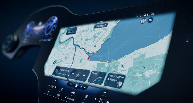 Mercedes-Benz MBUX Hyperscreen : un super-écran de 56 pouces pour les prochains modèles