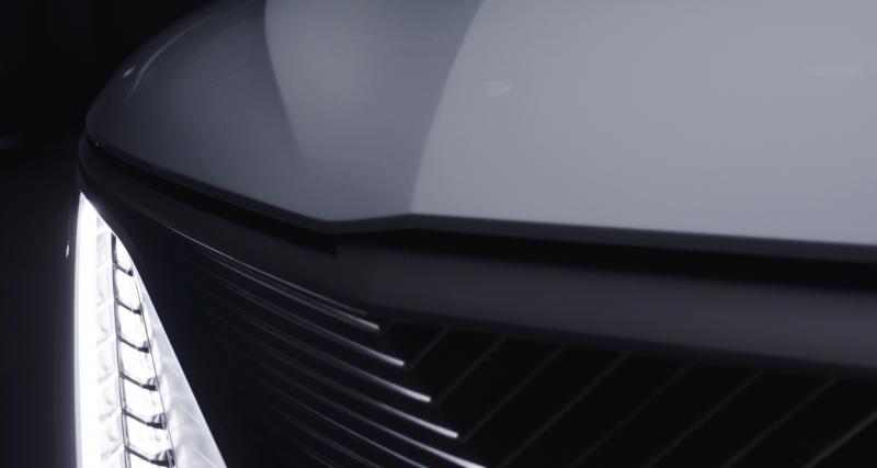 Toit panoramique en verre intelligent pour l'inédit showcar électrique Cadillac Celestiq