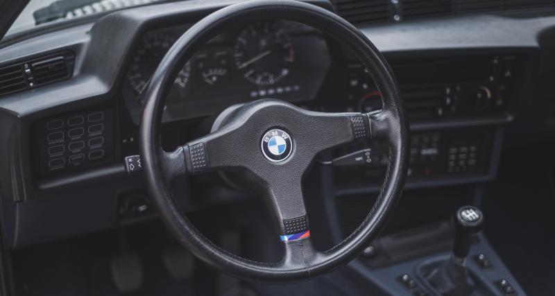 James Bond en BMW 635 CSi