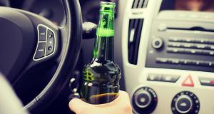 Sans permis, il est arrêté avec 58 packs de bière à l'arrière de son van