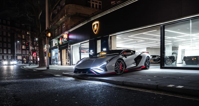 Lamborghini Sián : double livraison de rêve à Londres