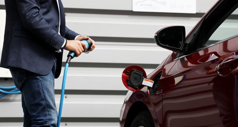 3 conseils pour (bien) recharger la batterie de ma voiture électrique