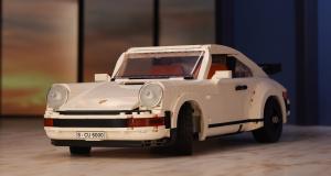 Deux Porsche 911 pour le prix d'une grâce au tout nouveau set Lego