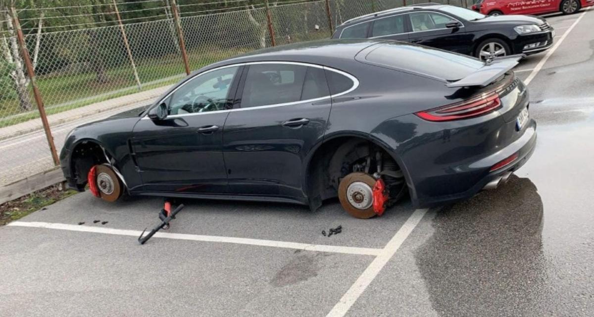 Au moment de retrouver sa Porsche Panamera, son propriétaire s'aperçoit qu'il lui manque… ses 4 roues