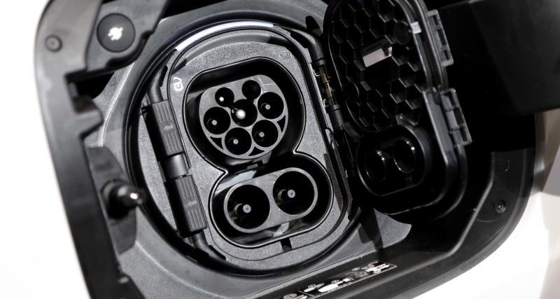 Quel type de prise pour recharger ma voiture électrique ?