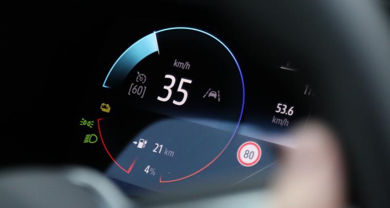 3 équipements qui drainent la batterie de votre voiture électrique