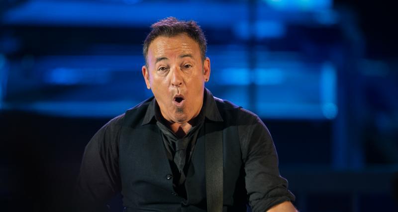 Bruce Springsteen arrêté pour conduite imprudente et en état d'ébriété, Jeep suspend la diffusion de sa publicité