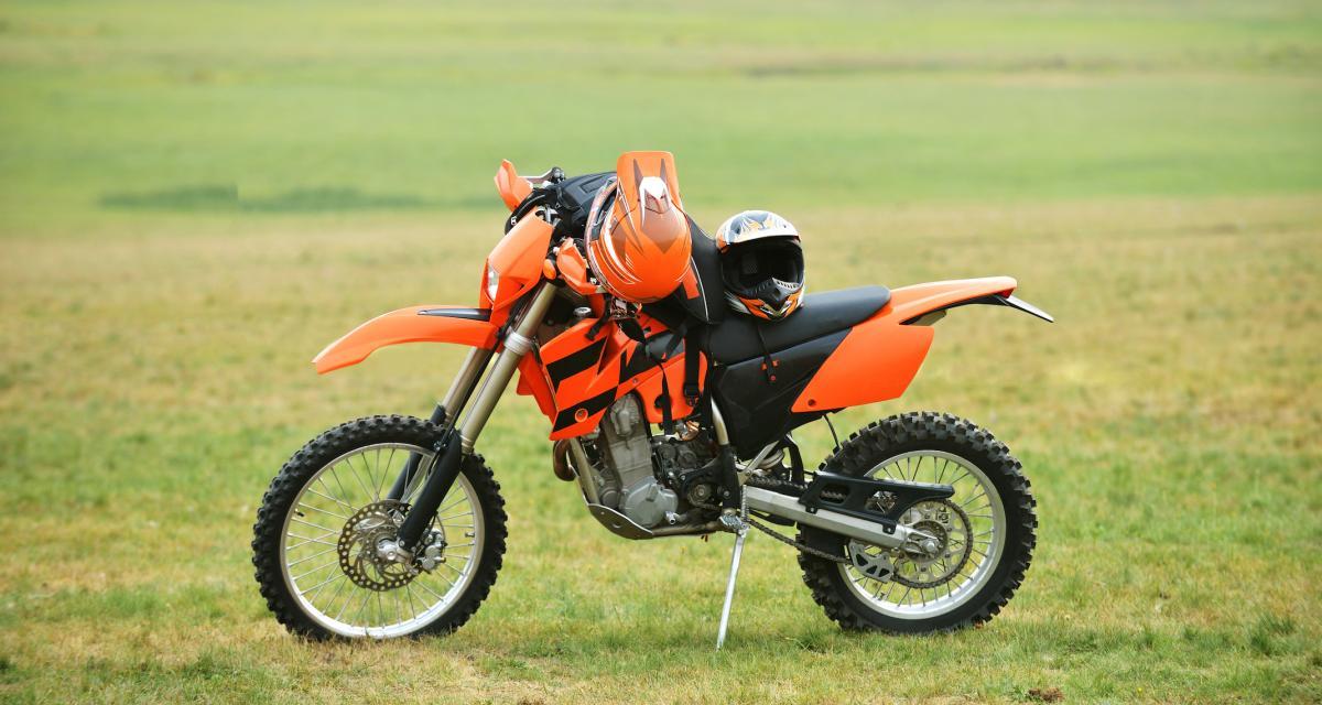 Il se fait voler sa motocross et la retrouve dans un clip de rap