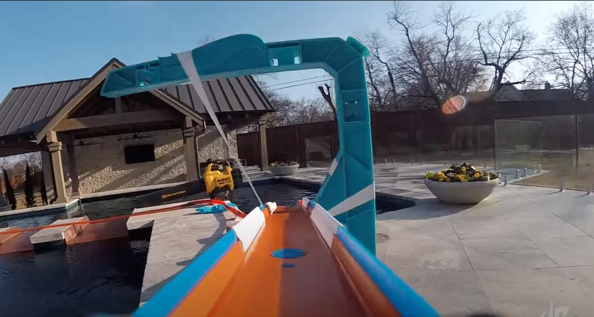 VIDEO - La chaîne YouTube Dude perfect réalise le parcours de rêve pour un fan de Hot Wheels