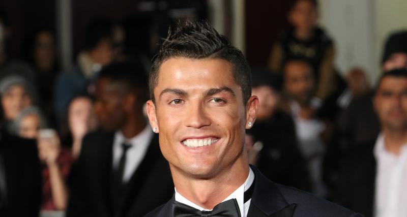 Cristiano Ronaldo la joue simple pour son anniversaire en s'offrant une Bugatti Centodieci à 8M€