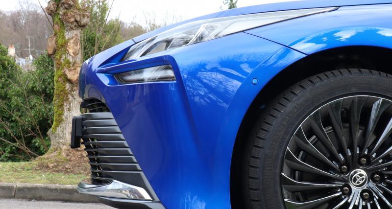Toyota Mirai 2 : les images de notre essai de la berline à hydrogène