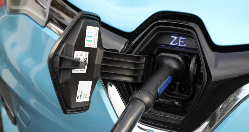 Froid, chaud, pluie : 3 ennemis des batteries de voiture électrique
