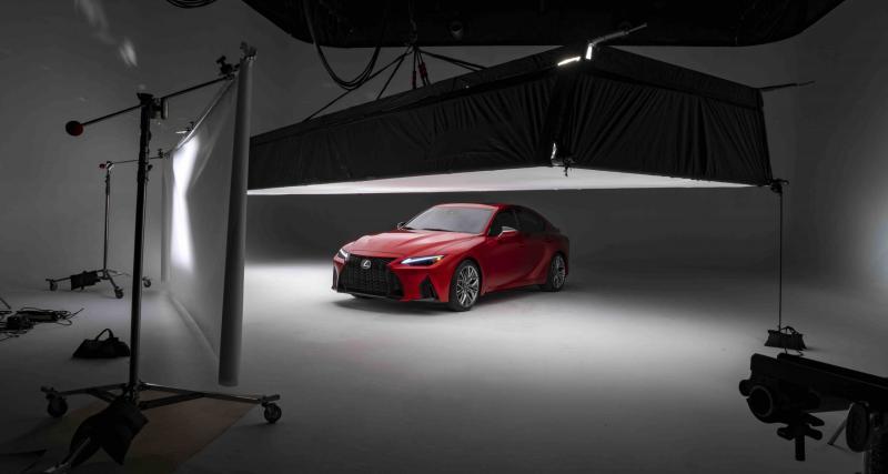 Lexus IS F Sport Performance (2022) : avec un tel nom, voilà une berline qui ne cache pas ses ambitions !