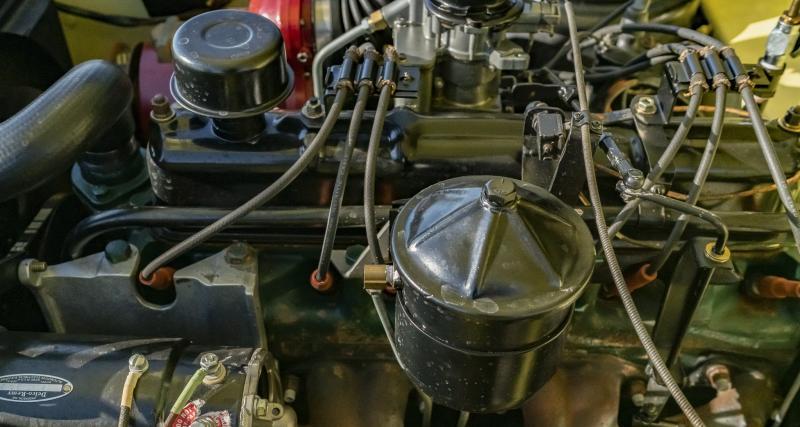Six cylindres en ligne
