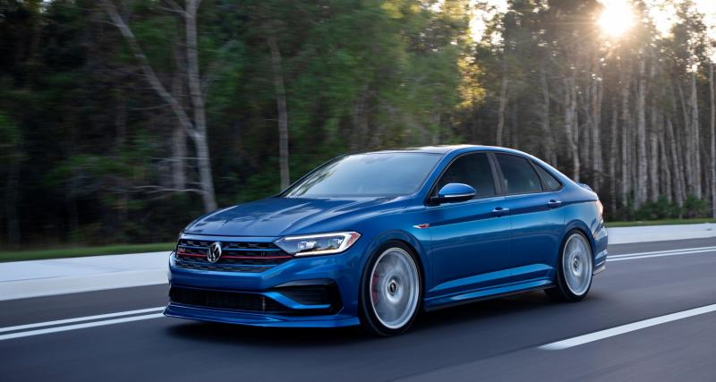 Volkswagen fait renaître la Jetta GLI Blue Lagoon sous forme de showcar