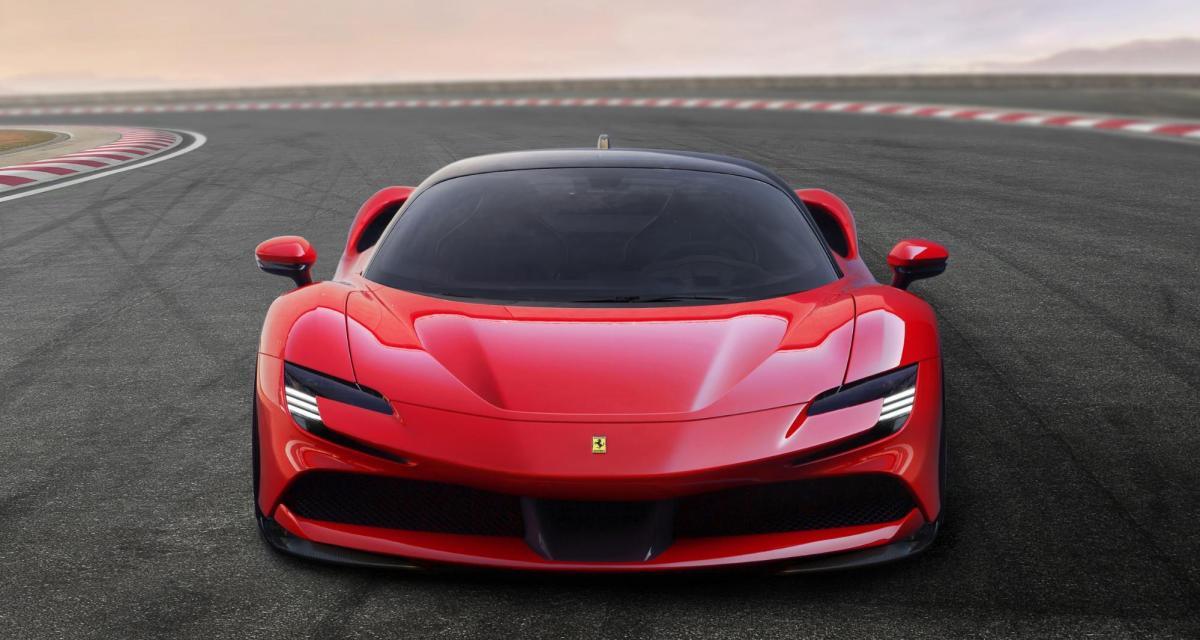 Ferland Mendy s'offre une Ferrari SF90 Strada à 450.000€, ça se passe bien au Real Madrid visiblement