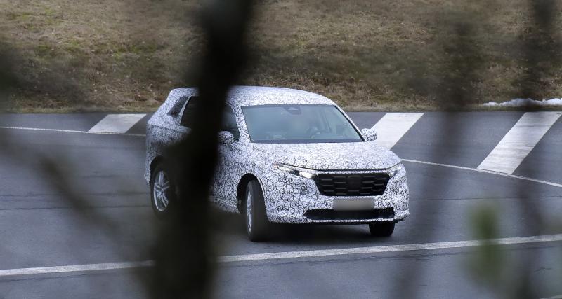 Honda CR-V (2022) : 1ères photos camouflées pour la 6e génération, une option 7 places dans les cartons ?