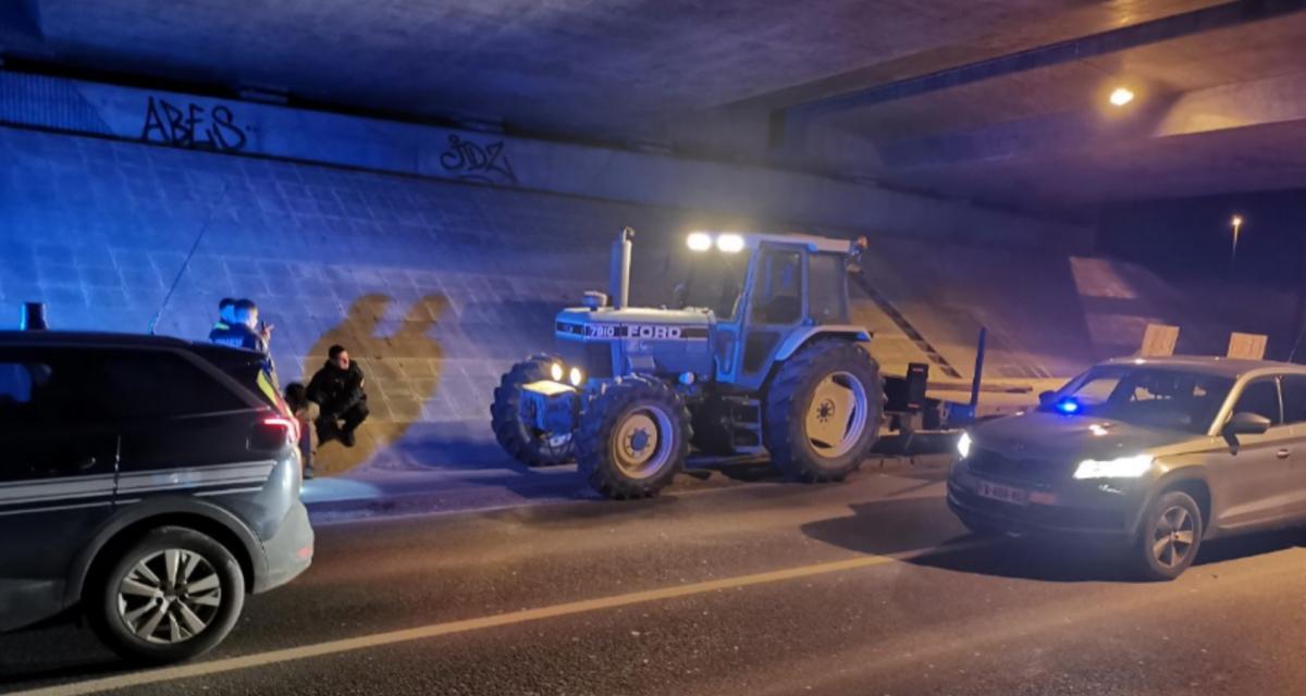 L'idiot du jour : il tente de prendre la fuite face aux gendarmes, à 30 km/h… sur son tracteur