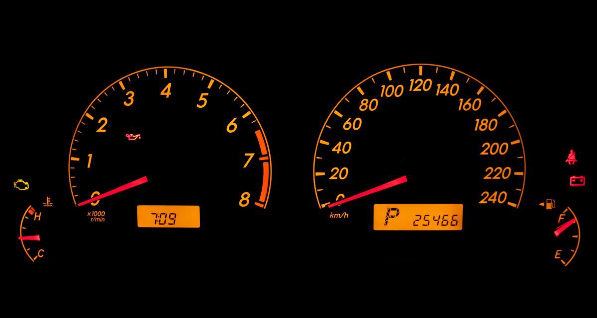 Le saviez-vous : une astuce infaillible pour savoir de quel côté se trouve la trappe à carburant