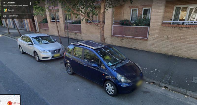 3. La voiture électrique est devenue populaire en 2010. Les gens en 2009 :