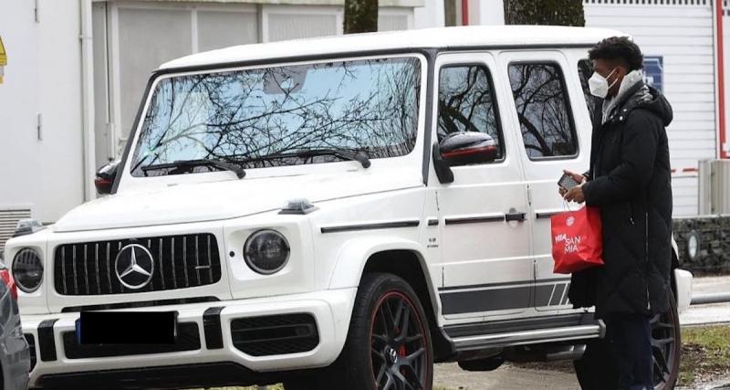 Kingsley Coman en Mercedes Classe G à l'entraînement, ça ne passe pas au Bayern Munich