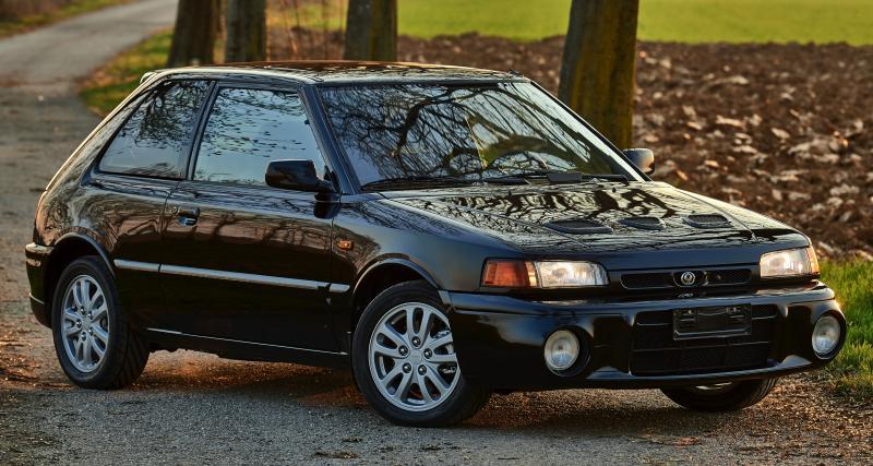 Mazda 323 GT-R : une discrète machine à sensations des 90's
