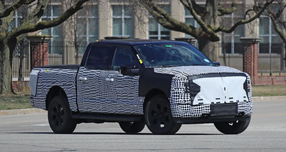 Ford F-150 EV : le pick-up électrique aperçu dans le Michigan