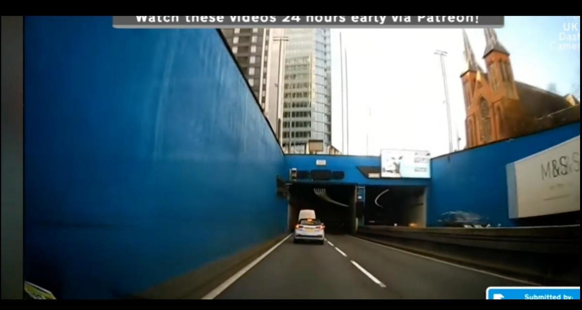 VIDEO - Visiblement emprunter un tunnel n'est pas aussi simple pour tout le monde…