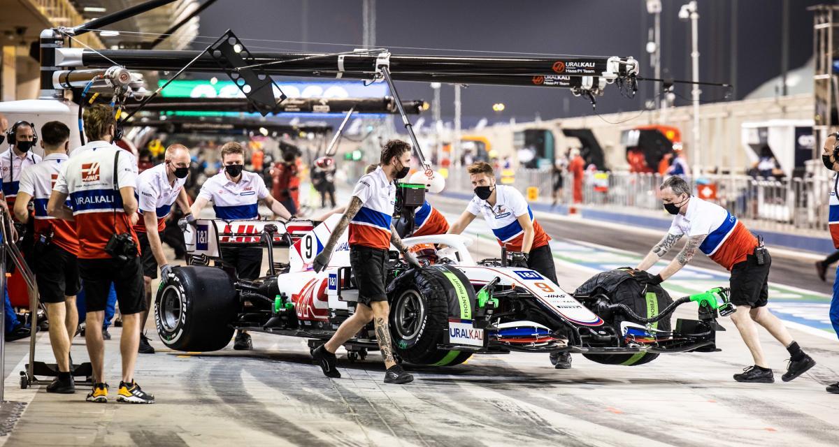 GP de Bahreïn de F1 : la sortie de piste de Nikita Mazepin en vidéo