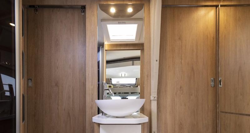 Vasque centrale pour salle de bain de luxe