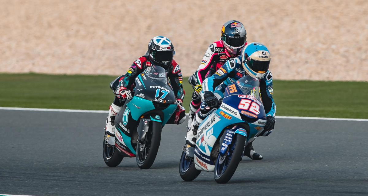 GP de Doha de Moto3 : la collision entre Alcoba et Mcphee (photo)
