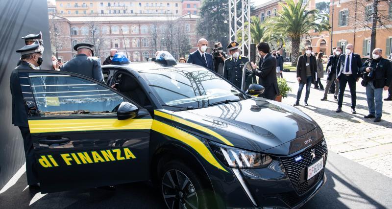 Des Peugeot e-208 pour traquer la fraude fiscale en Italie