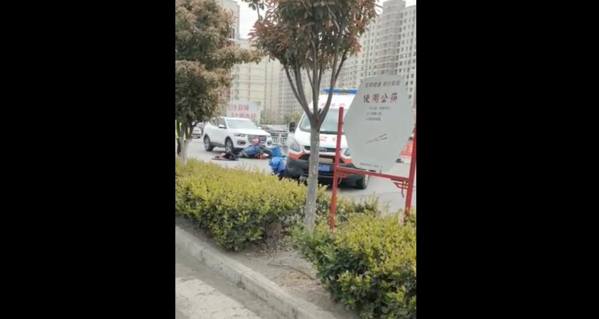 L'idiot du jour : quand cet ambulancier arrive, le bilan de l'accident s'alourdit