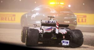 GP d'Émilie-Romagne de F1 : la sortie de piste de Mazepin en essais libres 1 en vidéo