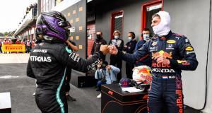 Grand Prix d'Emilie Romagne : le dépassement de Verstappen sur Hamilton en vidéo