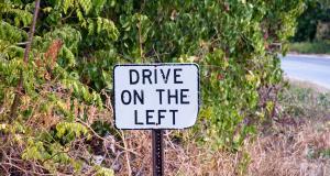 Le saviez-vous : les Anglais roulent à gauche à cause des combats de chevaliers
