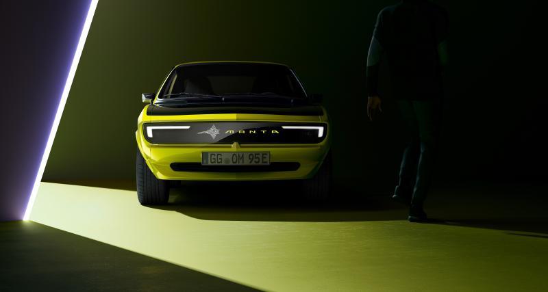 L'Opel Manta GSe ElektroMod peut communiquer grâce à sa calandre