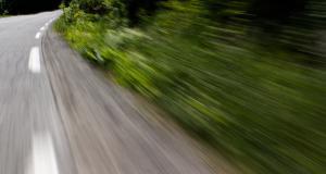 Fou du volant : flashé à 204 km/h sur la voie rapide, le jeune conducteur n'avait plus de permis