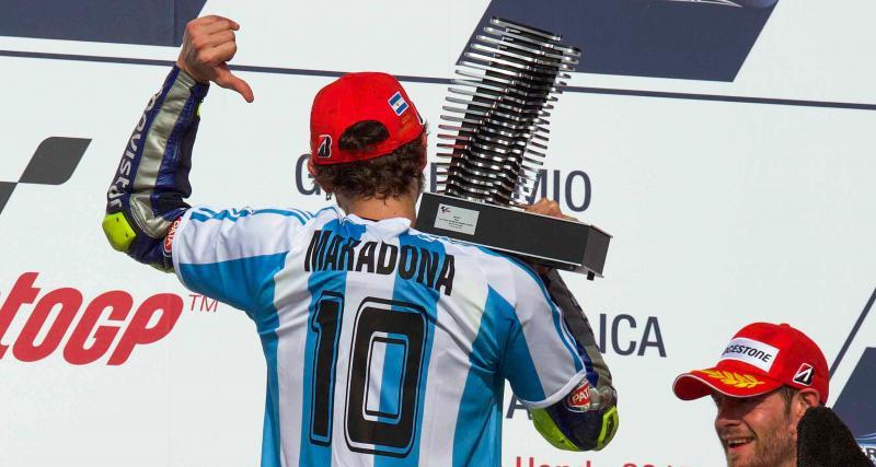 The Doctor porte le maillot de l'équipe d'Argentine