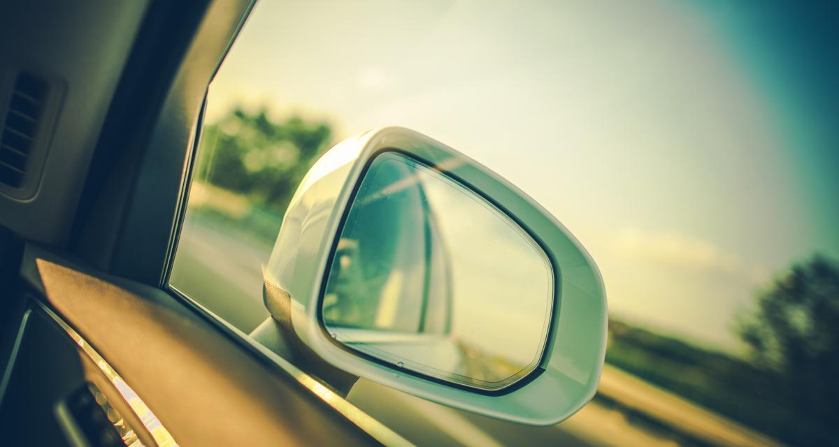 223 voitures-radar privées sans flash visible déployées sur 8 régions d'ici fin 2021