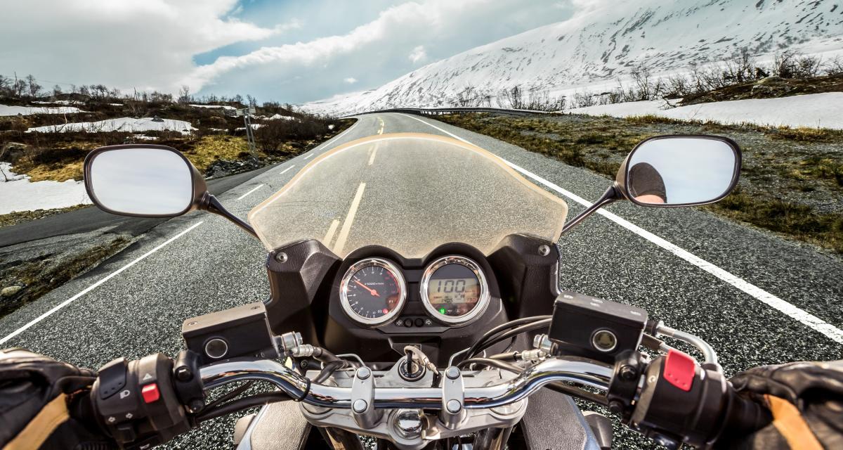 Fou du guidon : à 204 km/h au lieu de 110 ce vendeur de moto peut dire adieu à son permis