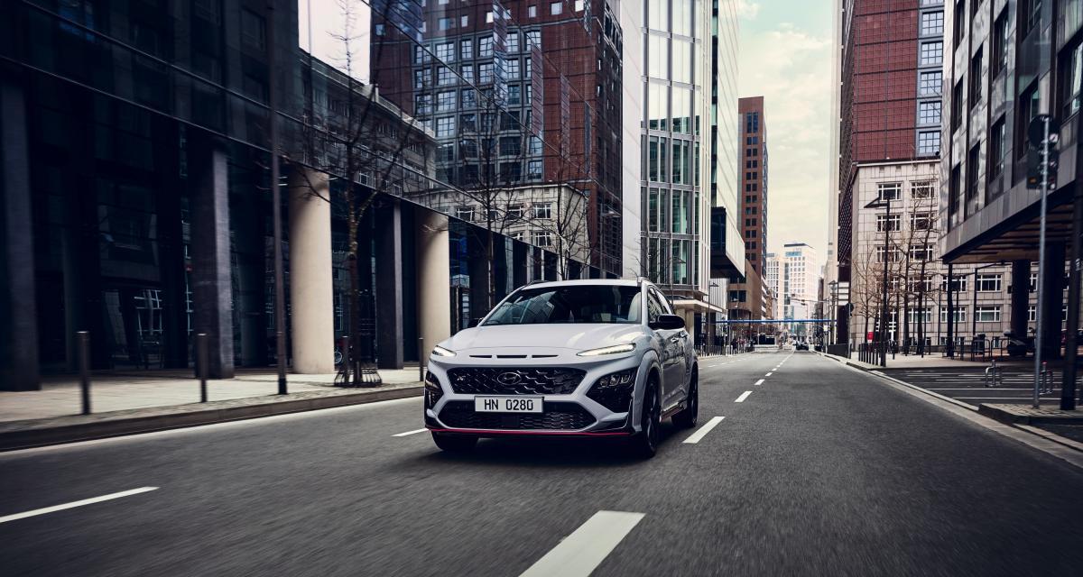 Hyundai Kona N (2022) : le petit SUV coréen sort les muscles