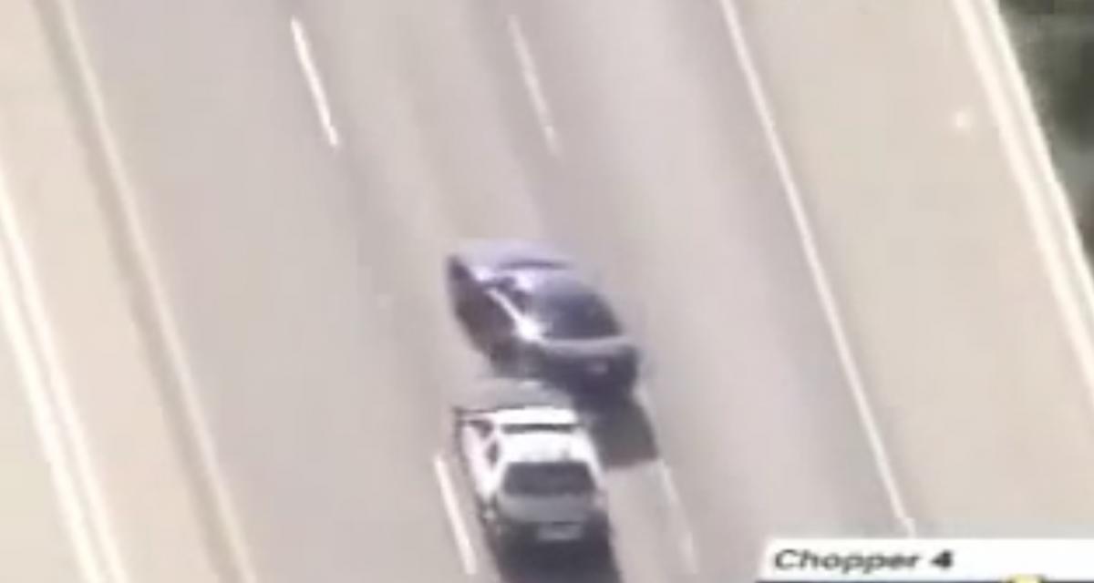 VIDEO - Malgré toutes leurs tentatives, ce chauffard continue de fuir la police