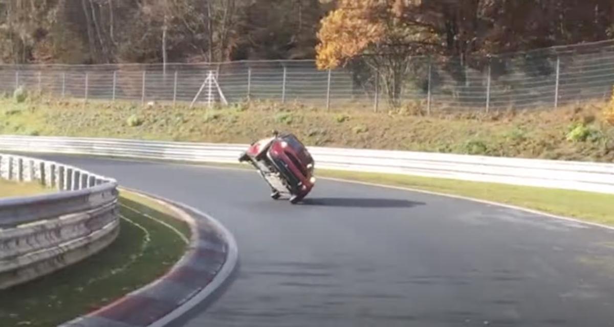 Le saviez-vous : le record au tour pour une voiture sur deux roues au Nürburgring est de 45 minutes