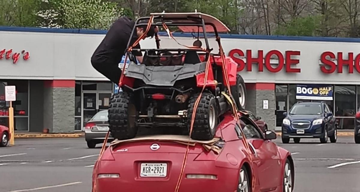Besoin de transporter un buggy sans remorque ? Utilisez donc le toit d'une Nissan 350Z