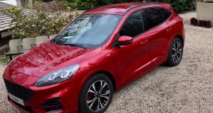 Essai du nouveau Ford Kuga full hybrid : les points forts qui pourraient vous séduire
